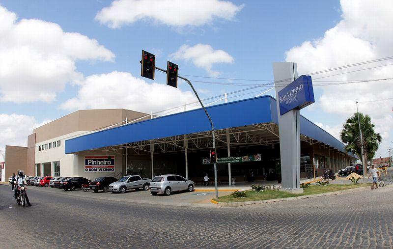 entrada Pinheiro Supermercado